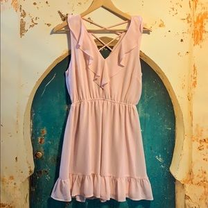 3/$50🥰 Gorgeous frilly dress